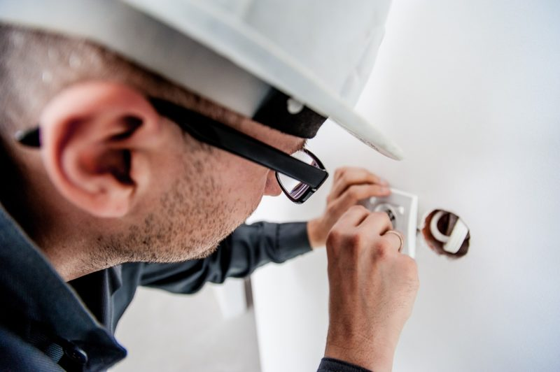 elektriker arbeit